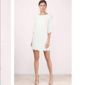 Tobi   Size S. Scalloped Ivory Shift Dress